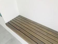 Akátové lavice - nátěr šedé osmo